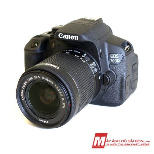 Máy ảnh Canon 700D ngoại hình đẹp giá rẻ